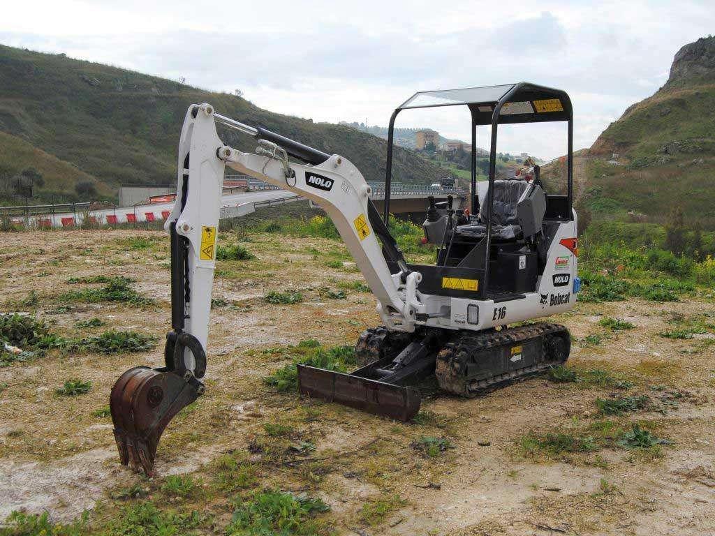 Bobcat E16 Foto 1