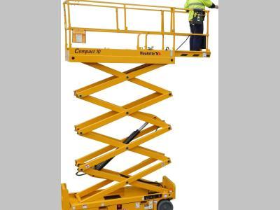 Haulotte Compact 10N a noleggio presso Giffi Noleggi srl