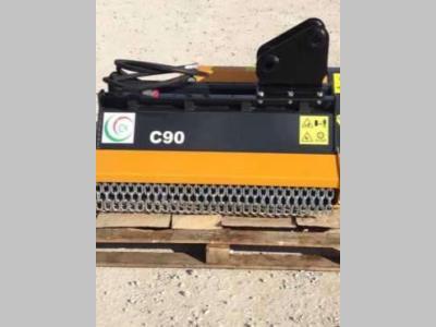 C4 Trinciatrice per escavatore / miniescavatore a noleggio presso FORbusiness