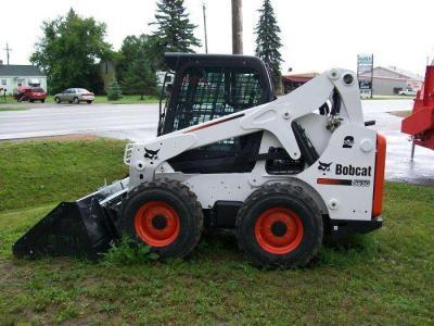 Bobcat S650 a noleggio presso Tractor Service Srl