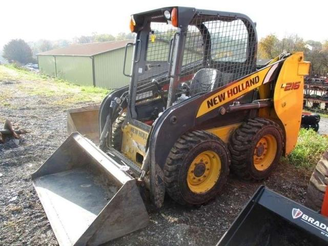 New Holland L216 Foto 1