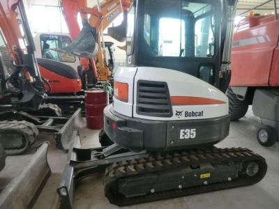 Bobcat E35 a noleggio presso Commerciale Adriatica Srl
