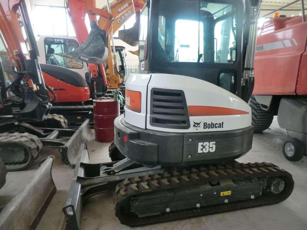 Bobcat E35 Foto 1