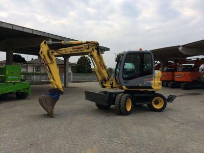 New Holland MH 2.6 a noleggio presso Tractor Service Srl